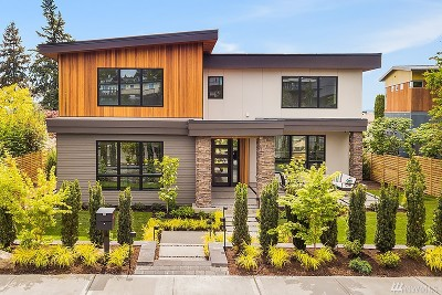 Kirkland Single Family Home For Sale: 231 8th Ave W