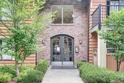 Edmonds Condo/Townhouse For Sale: 8025 234th St SW #123