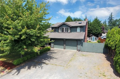 Maple Valley Single Family Home Contingent: 21828 SE 267th St