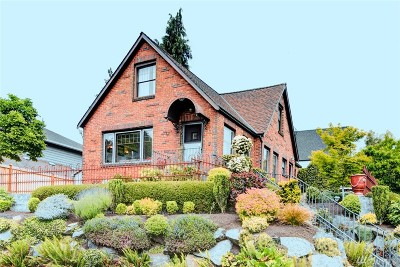 King County Single Family Home For Sale: 2355 45th Ave SW
