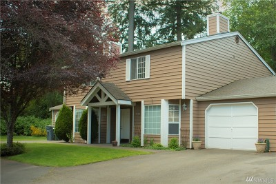 Gig Harbor Condo/Townhouse For Sale: 7794 Skansie Ave