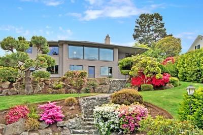 Everett Single Family Home For Sale: 605 Laurel Dr