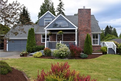 Burien Single Family Home For Sale: 14331 22nd Ave SW