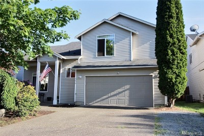 Spanaway Single Family Home For Sale: 7610 194th Street Ct E