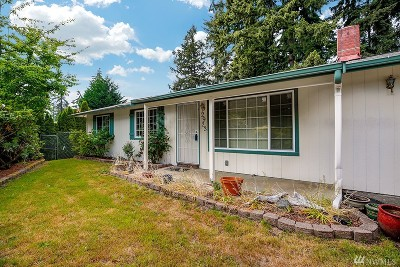 Bothell Single Family Home For Sale: 2923 193rd Place SE