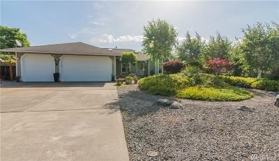 Blaine Single Family Home For Sale: 8112 Comox Lp