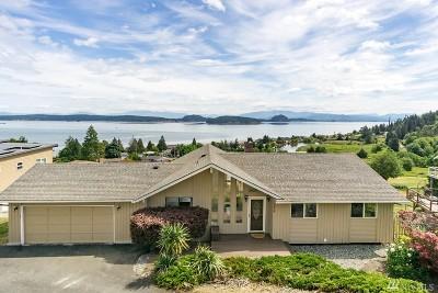 Oak Harbor Single Family Home For Sale: 3838 Ridgewood Dr