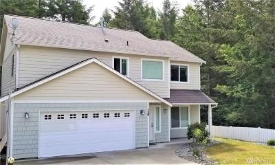 Shelton Single Family Home Contingent: 138 Bay Ridge Ct