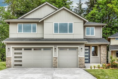 Puyallup Single Family Home Contingent: 12931 83rd Av Ct E