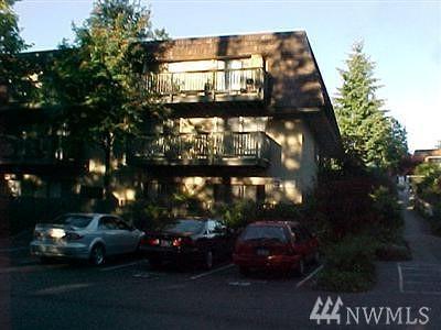 Bellevue Condo/Townhouse Sold: 1420 153rd Ave NE #B-381