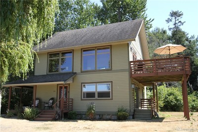 Point Roberts Single Family Home Contingent: 1373 Gulf Rd