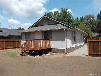 Shelton Single Family Home Pending: 613 Park St