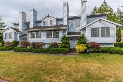 Oak Harbor Condo/Townhouse For Sale: 1121 SW Barrington Dr #3