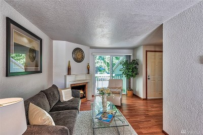 King County Condo/Townhouse For Sale: 9474 Redmond Woodinville Rd NE #A306E