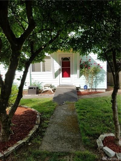Shoreline Single Family Home For Sale: 19526 23rd Ave NE