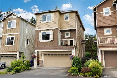 Bothell Condo/Townhouse For Sale: 3417 164th Place SE
