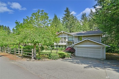 Port Orchard Single Family Home For Sale: 517 SW Little Tree Cir