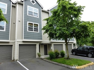 Lynnwood Condo/Townhouse For Sale: 3116 164th St SW #1612