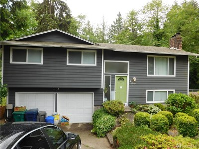 Mountlake Terrace Single Family Home For Sale: 3704 225th Place SW
