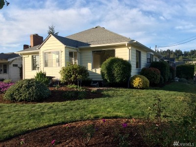 Single Family Home For Sale: 480 SW Chehalis Ave