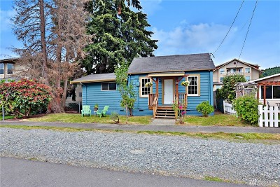 Issaquah Single Family Home For Sale: 270 SE Andrews St