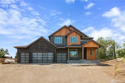 Renton Single Family Home For Sale: 22359 Peter Grubb Rd SE