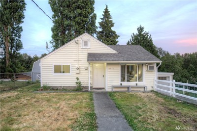 Burien Single Family Home For Sale: 12858 3rd Ave S