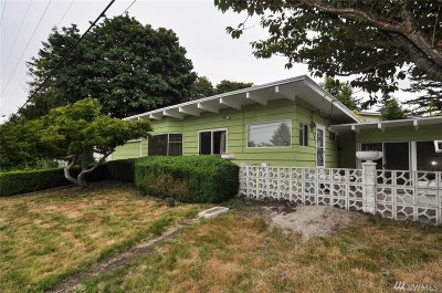Single Family Home Sold: 2124 Maple St