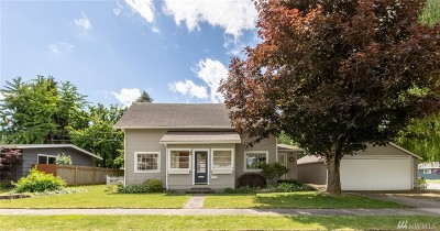 Lynden Single Family Home For Sale: 415 10th St