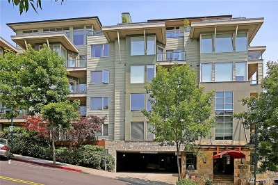 Kirkland Condo/Townhouse For Sale: 220 1st St #107