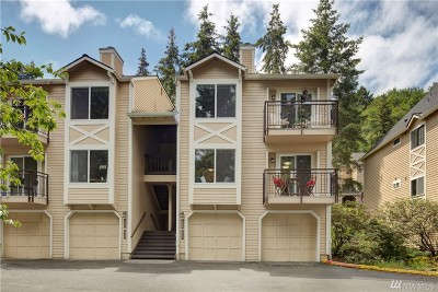 Woodinville Condo/Townhouse For Sale: 12727 NE 172nd Lane
