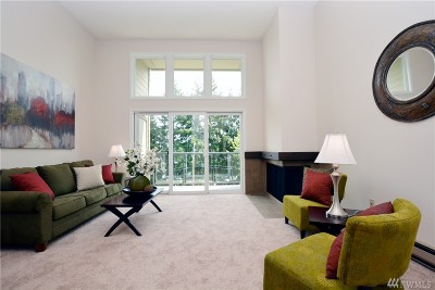Mercer Island Condo/Townhouse Sold: 2933 76th Ave SE #12A