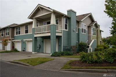 Snoqualmie Condo/Townhouse For Sale: 7719 Fairway Ave SE #203