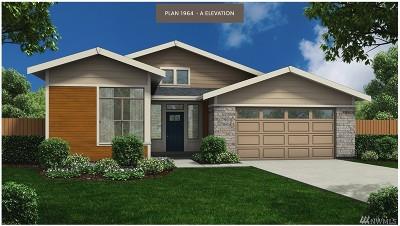 Burlington Single Family Home For Sale: 828 Brighton Ct #12
