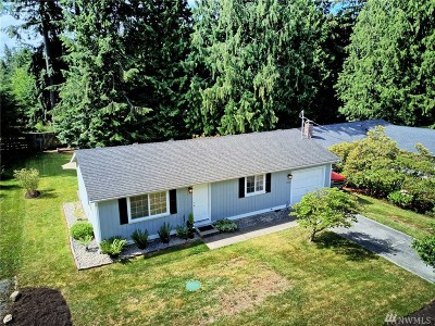 Stanwood Single Family Home For Sale: 3328 159th Place NW