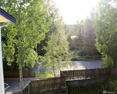Renton Condo/Townhouse For Sale: 1900 N 48th St #D303