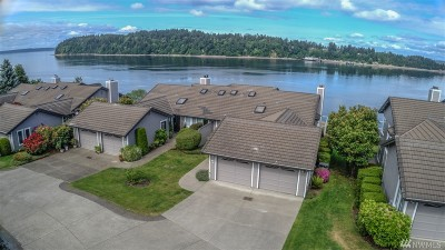 Steilacoom Condo/Townhouse For Sale: 52 Chapman Lp