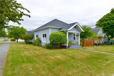Anacortes Single Family Home For Sale: 1220 20th St