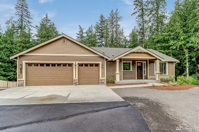 Stanwood Single Family Home For Sale: 17320 32nd Dr NW