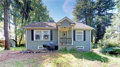 SeaTac Single Family Home For Sale: 3231 S 150th St