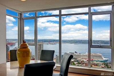 Condo/Townhouse For Sale: 583 Battery St #3904N