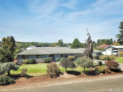 Centralia Single Family Home For Sale: 811 Cowlitz Rd