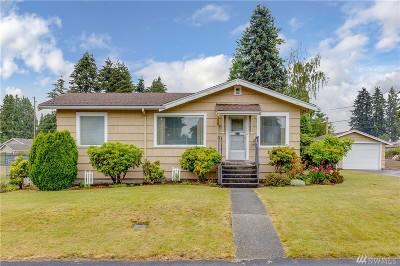 Everett Single Family Home For Sale: 2215 Pinehurst Ave