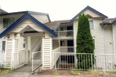 Renton Condo/Townhouse For Sale: 1900 48th St #F-304