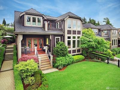 Kirkland Single Family Home For Sale: 11026 101st Place NE