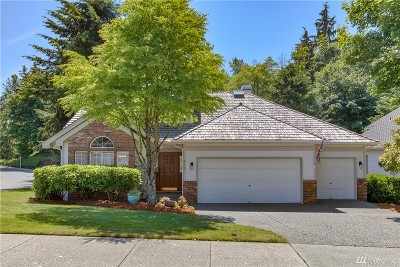Everett Single Family Home For Sale: 832 41st Place