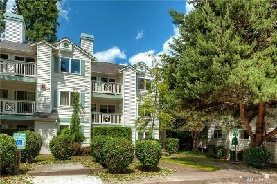 Kirkland Condo/Townhouse For Sale: 9910 NE 137th St #B-307