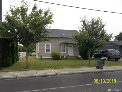 Burlington Single Family Home Pending Inspection: 717 S Anacortes St