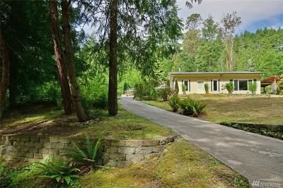 Brinnon Single Family Home For Sale: 402 Pleasant Harbor Rd