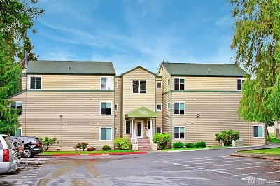 Bothell Condo/Townhouse For Sale: 20330 Bothell Everett Hwy #C302